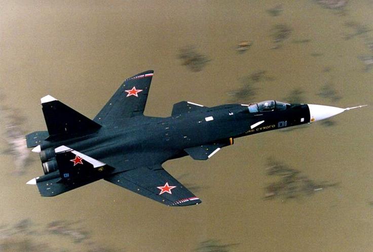Les Avions Sukhoi_Su-47-01